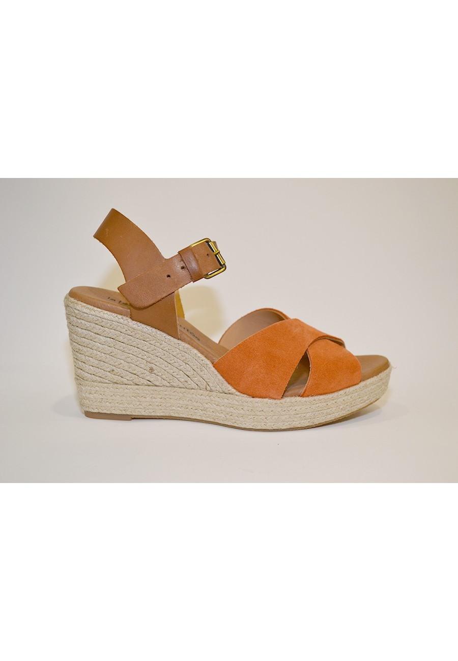 Sandalia de ante naranja