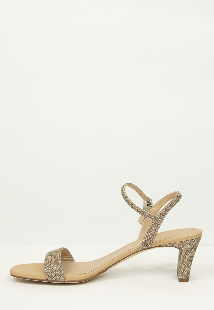 Sandalia combinada brillo
