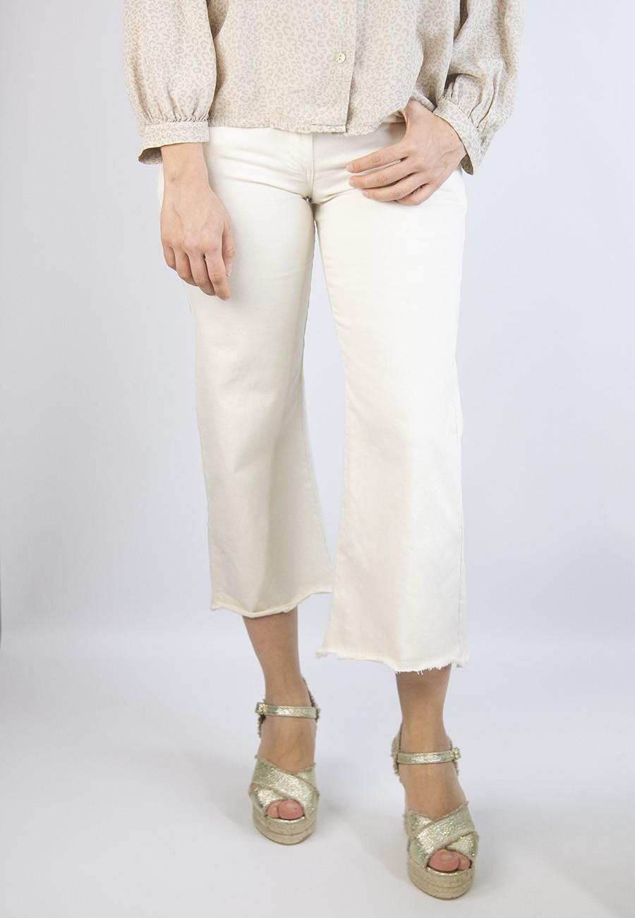Pantalón recto beige